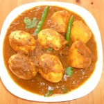 Dimer Dalna Egg Masala Curry